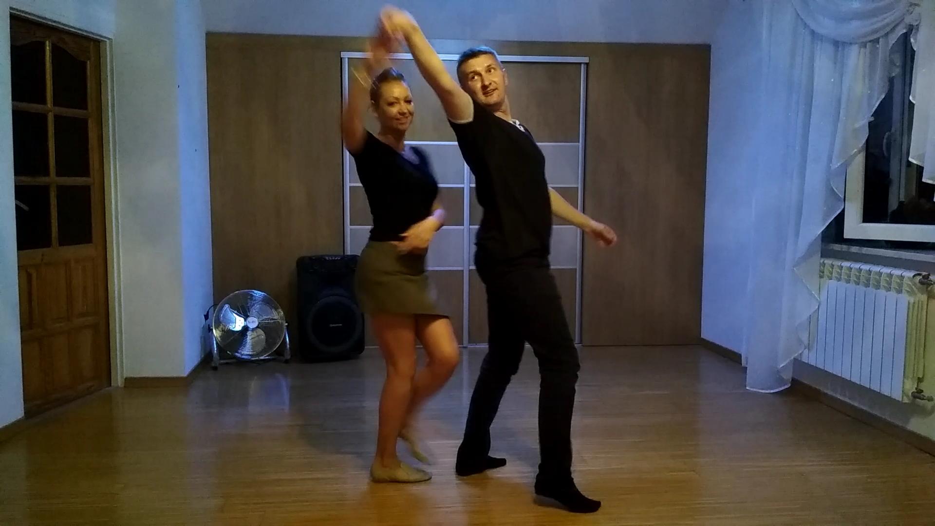 Salsa podstawowe figury