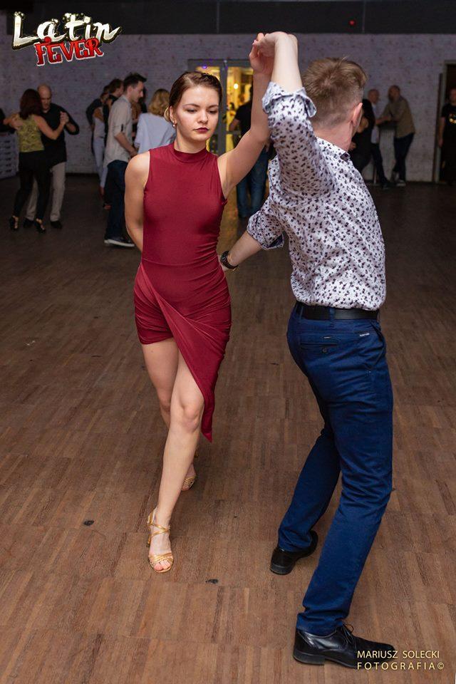 podstawowy krok do tanca